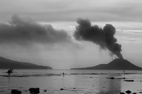Erupsi Anak Krakatau tahun 2011