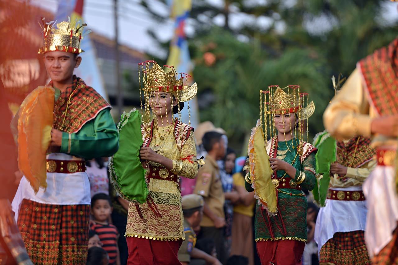 Pawai Budaya - Festival Krakatau 2015 - 18