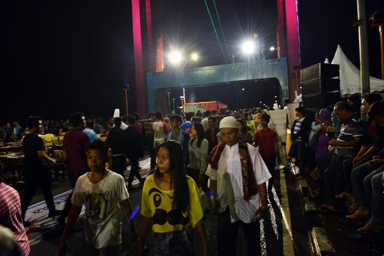 Festival Gerhana Matahari Total - Jembatan Ampera - Yopie Pangkey - 4