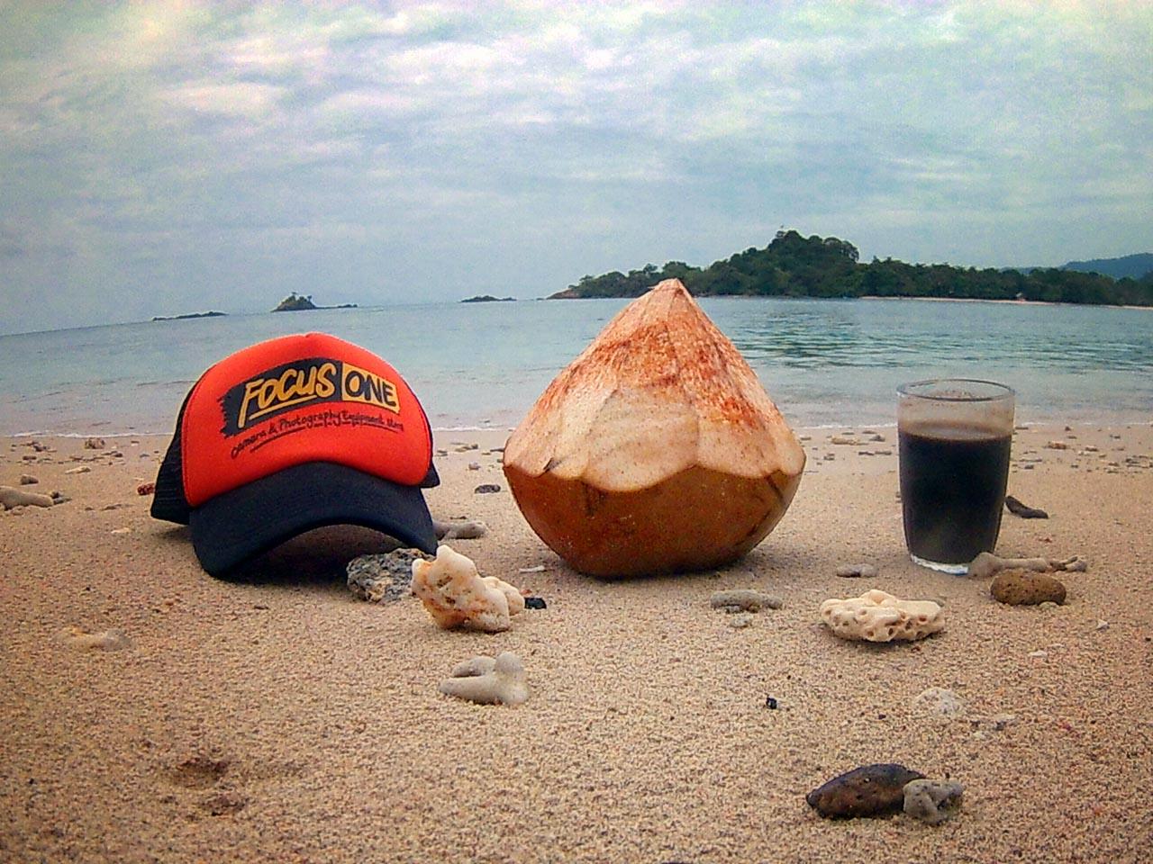 Teluk Kiluan - Tempat Wisata di Lampung - Yopie Pangkey - 1