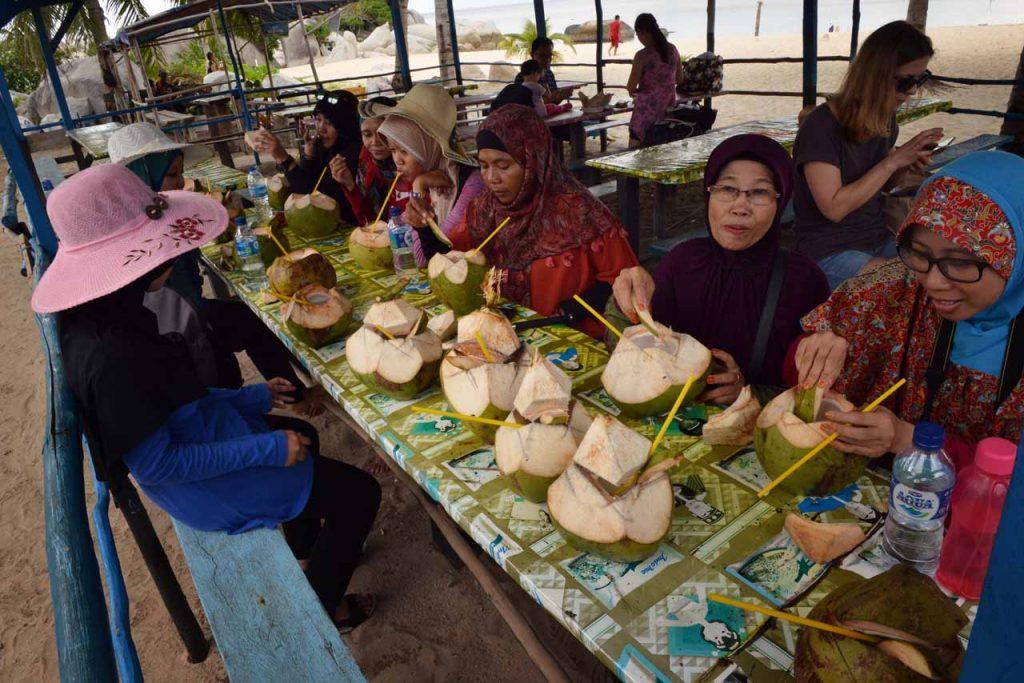 wisata belitung - pulau lengkuas - yopie pangkey - 24