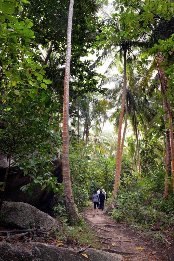 wisata belitung - pulau lengkuas - yopie pangkey - 28