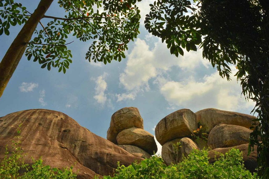 Baru Granit Tanjung Bintang - Yopie Pangkey