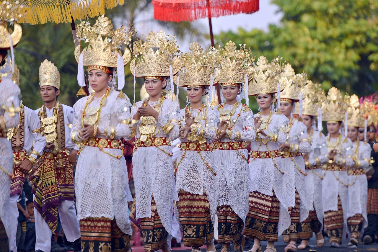 Muli atau Gadis Lampung di acara Begawi Adat - Yopie Pangkey