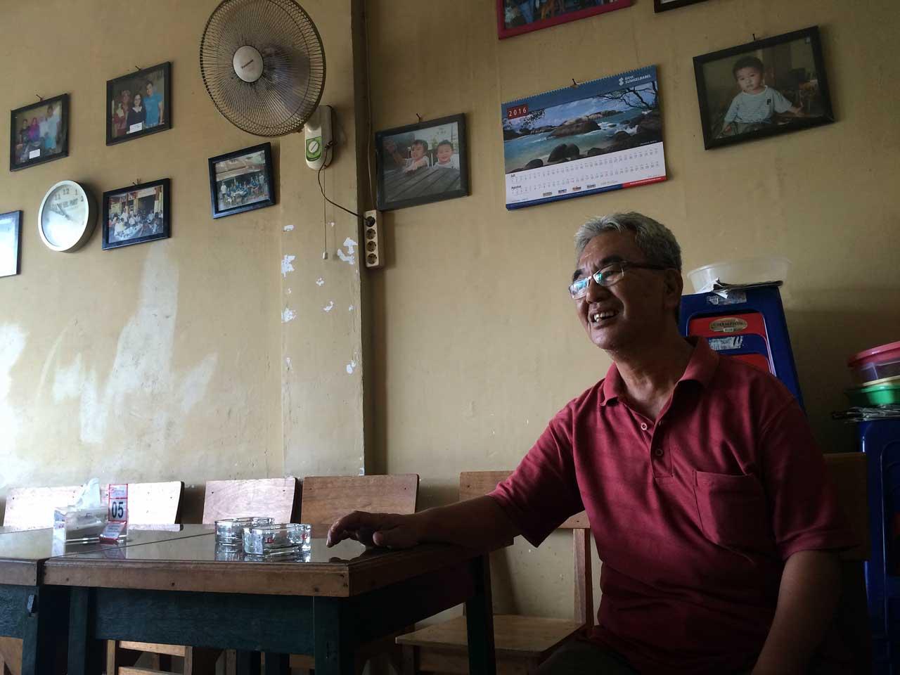 waroeng-kopi-ake-tanjung-pandan-belitung-yopie-pangkey-1