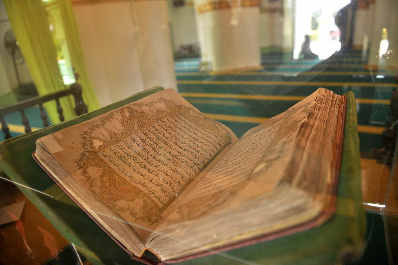 Masjid Raya Sultan Riau - Yopie Pangkey - 9
