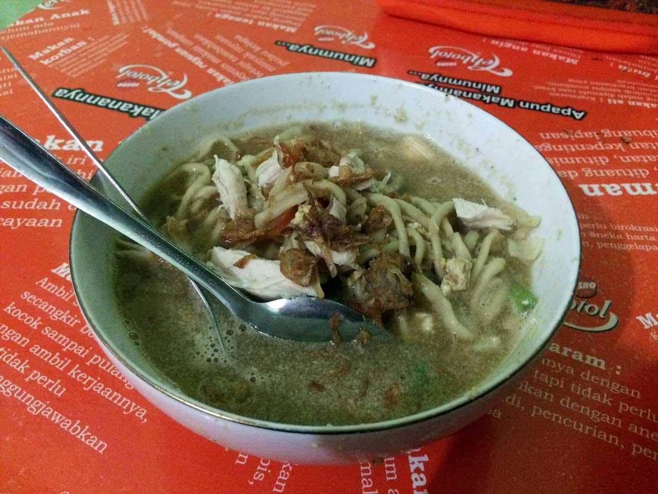 Mie Khodon - tempat makan murah di bandar lampung - yopie pangkey - 3