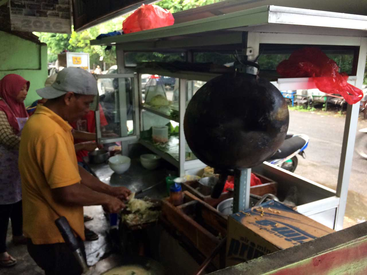 Mie Khodon - tempat makan murah di bandar lampung - yopie pangkey - 4