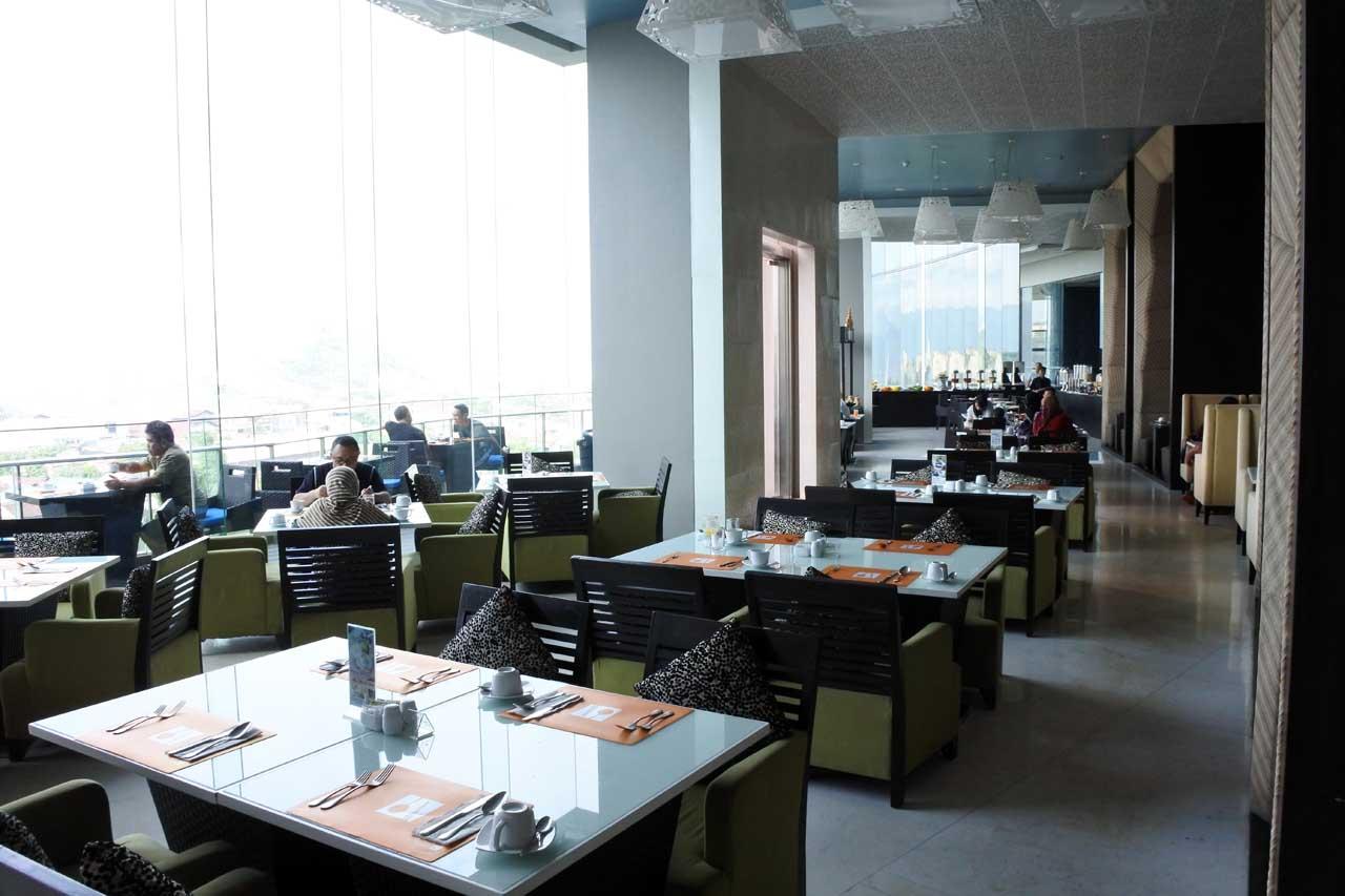 Square Restaurant - Hotel Novotel Lampung - Bandar Lampung - Yopie Pangkey - Nikon 1 J5