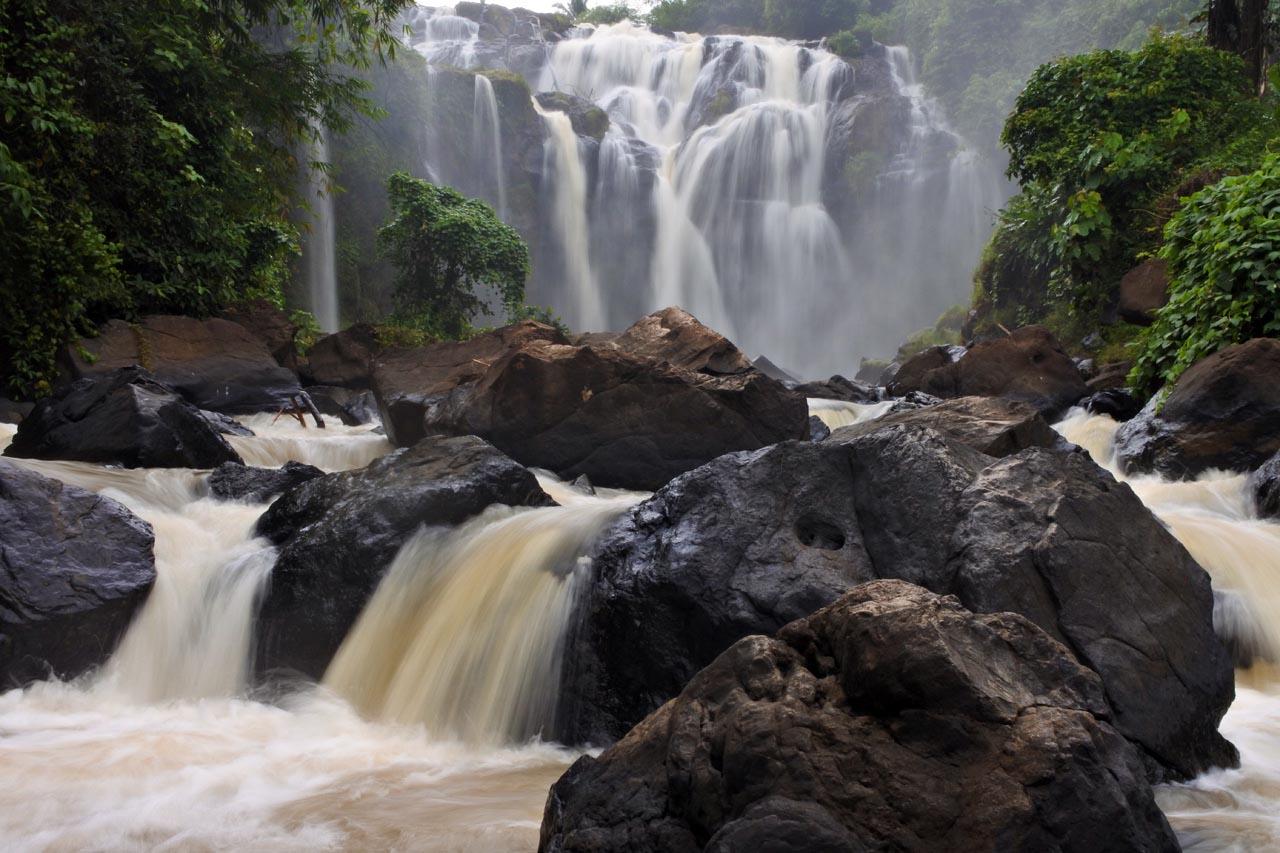 Air Terjun Gangsa - hasil foto Kamera mirrorless Nikon 1 J5 - slowspeed