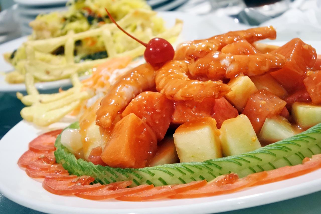 Selebriti Entertainment Center - tempat makan di bandar lampung - yopie pangkey - 2