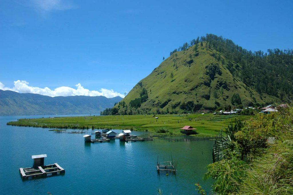 Danau Laut Tawar - tempat wisata di takengon - aceh tengah - yopie pangkey - 5