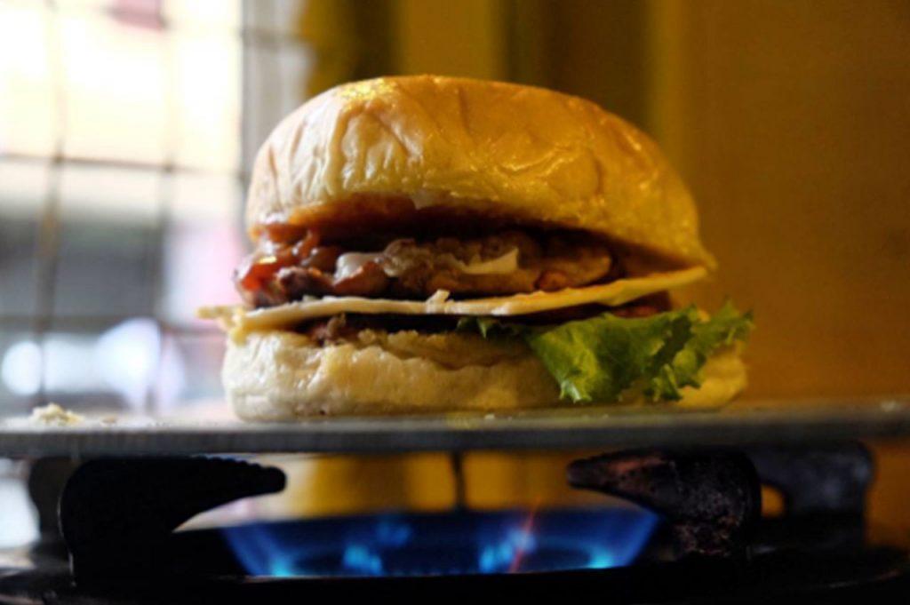 pesan makanan online lewat gojek - khajo burger