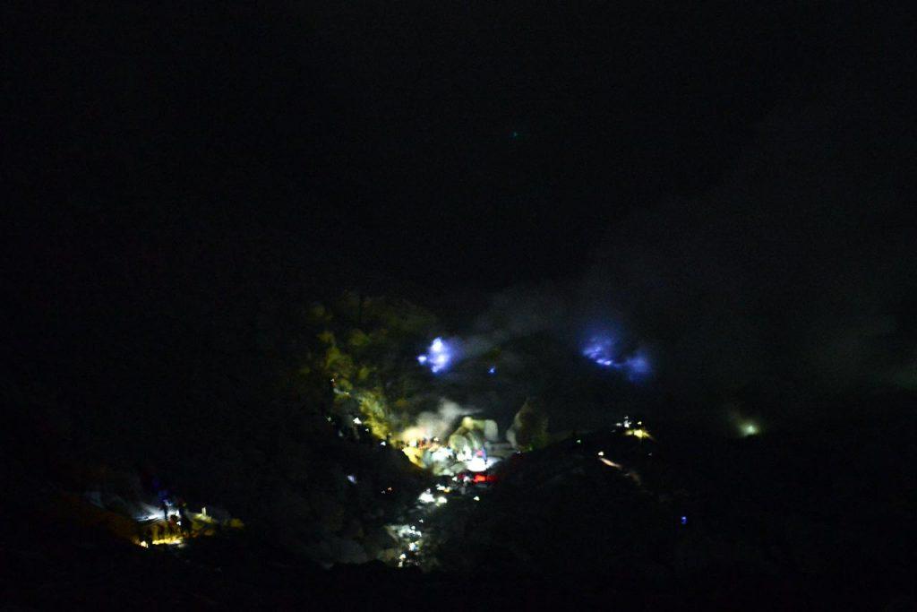 Blue Fire - wisata kawah ijen banyuwangi - yopie pangkey - 1