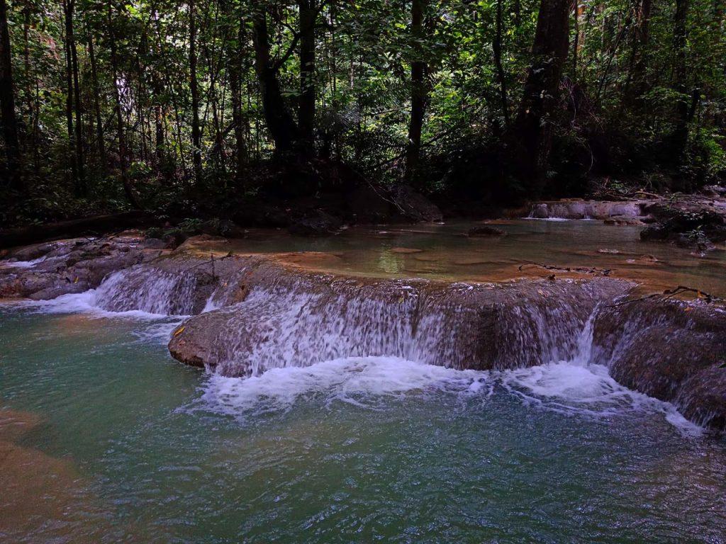Air Terjun Moramo - tempat wisata di Sulawesi Tenggara - Yopie Pangkey - 1