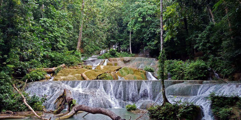 Air Terjun Moramo - tempat wisata di Sulawesi Tenggara - Yopie Pangkey - 3