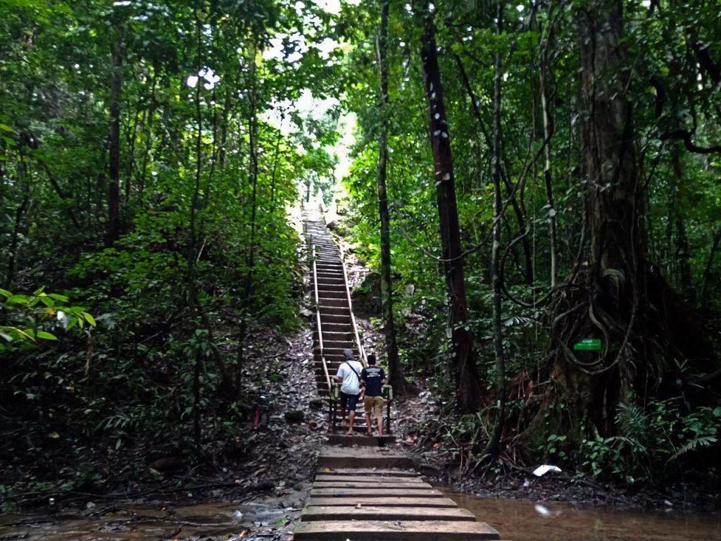 Air Terjun Moramo - tempat wisata di Sulawesi Tenggara - Yopie Pangkey - 9
