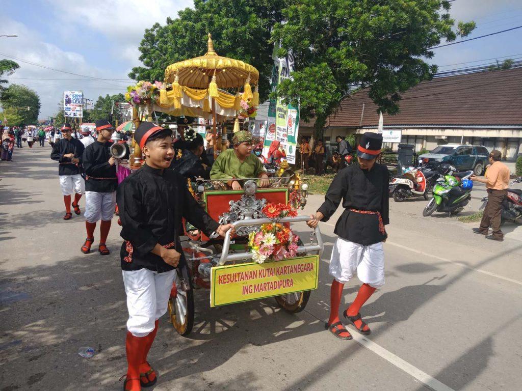 Erau Adat Kutai dan International Folk Art Festival VI - 2018 - yopie pangkey - 16