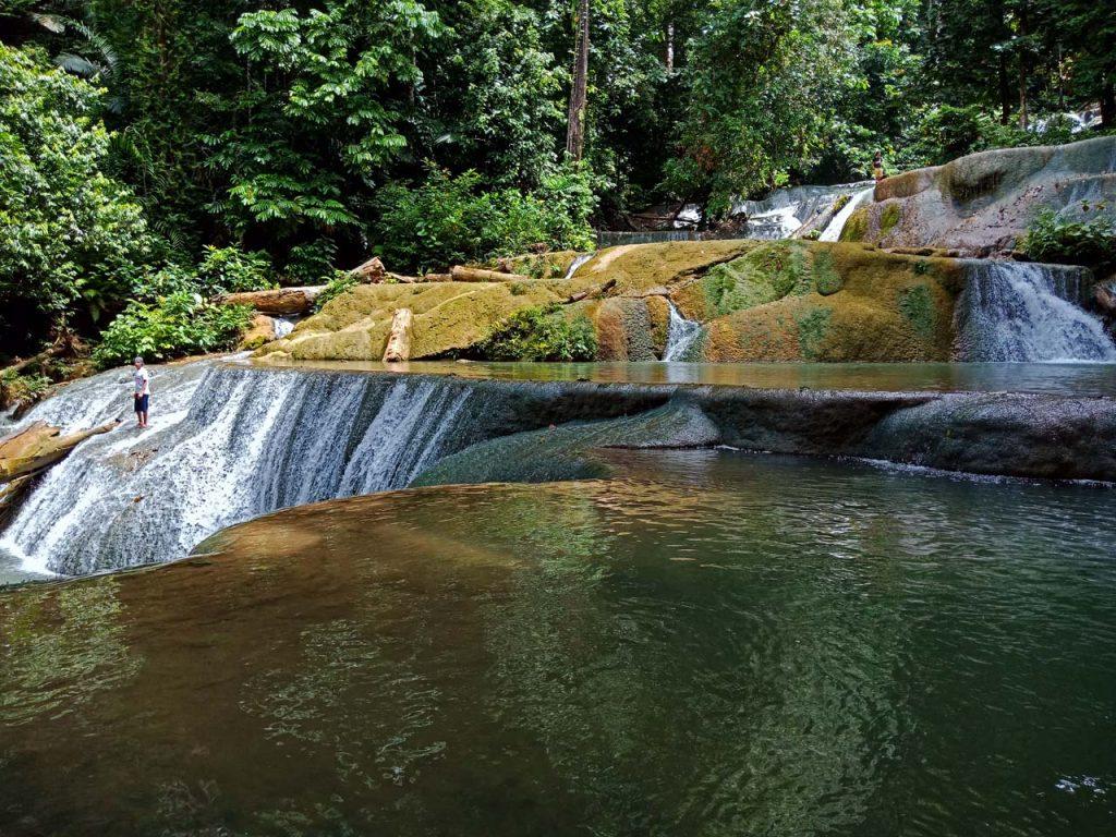 Keindahan Air Terjun Moramo - air terjun di kendari - Yopie Pangkey - 6