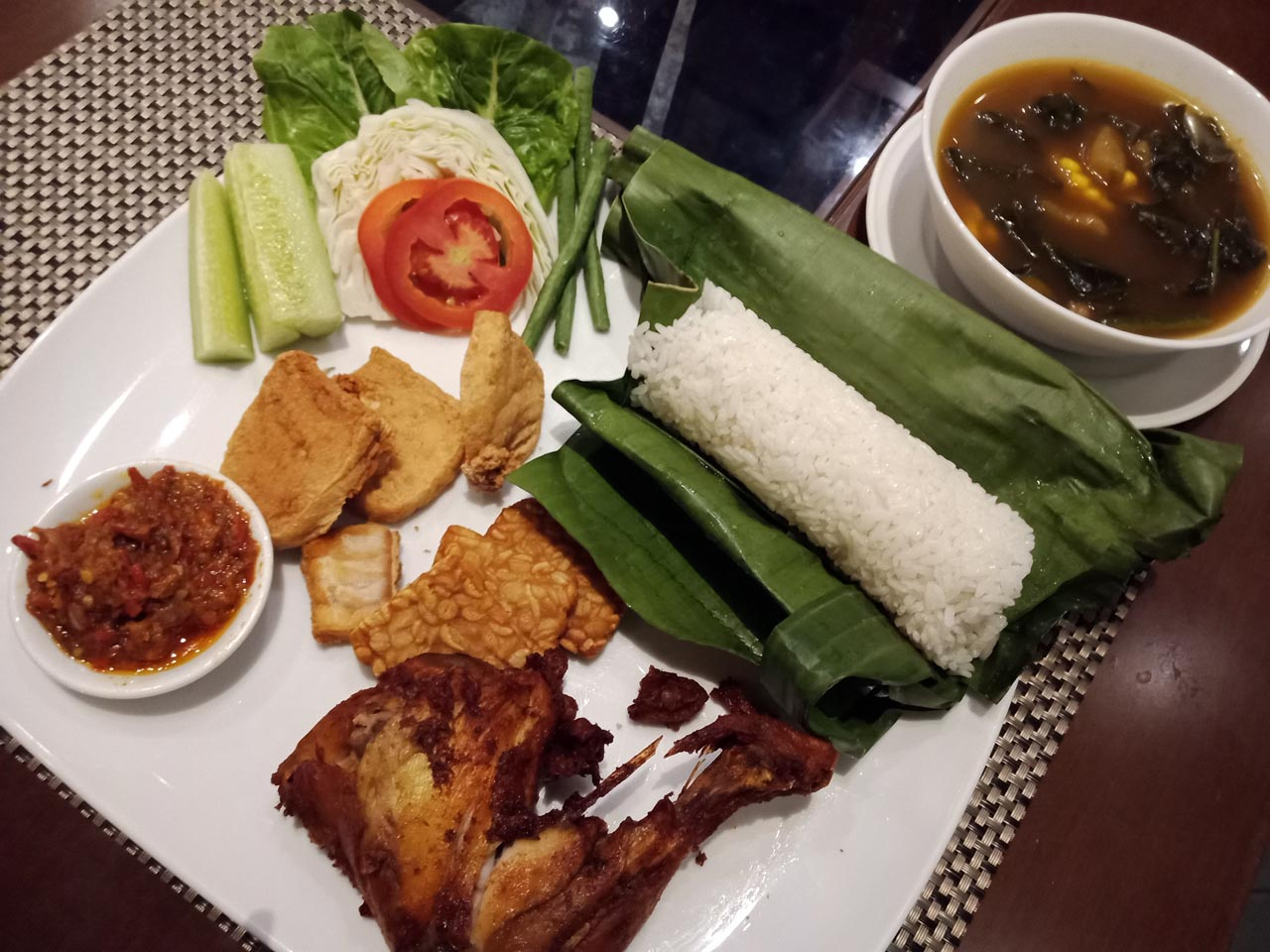 Nasi Timbel – Cerenti Restaurant – Tangerang Selatan – Yopie Pangkey – 8