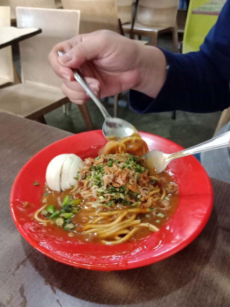 Mie Lendir - Kuliner Khas Tanjungpinang - Kepulauan Riau - Yopie Pangkey - 5