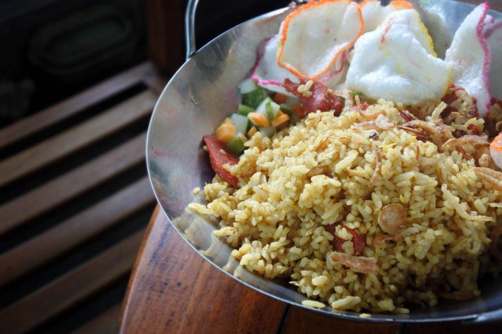 Nasi goreng ala Newtown Kopitiam - hasil foto Nikon 1 J5 - Yopie Pangkey - @yopiefranz - 4