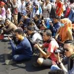 Fotografer dan blogger di acara Parade Budaya Festival Krakatau 2015 (@yopiefranz)