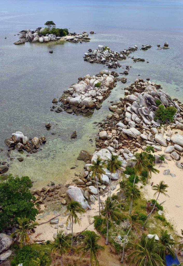 wisata belitung - pulau lengkuas - yopie pangkey - 22