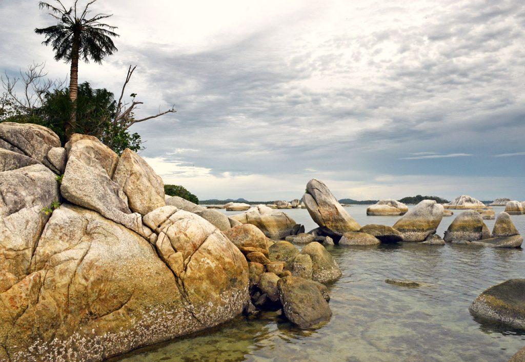 wisata belitung - pulau lengkuas - yopie pangkey - 32