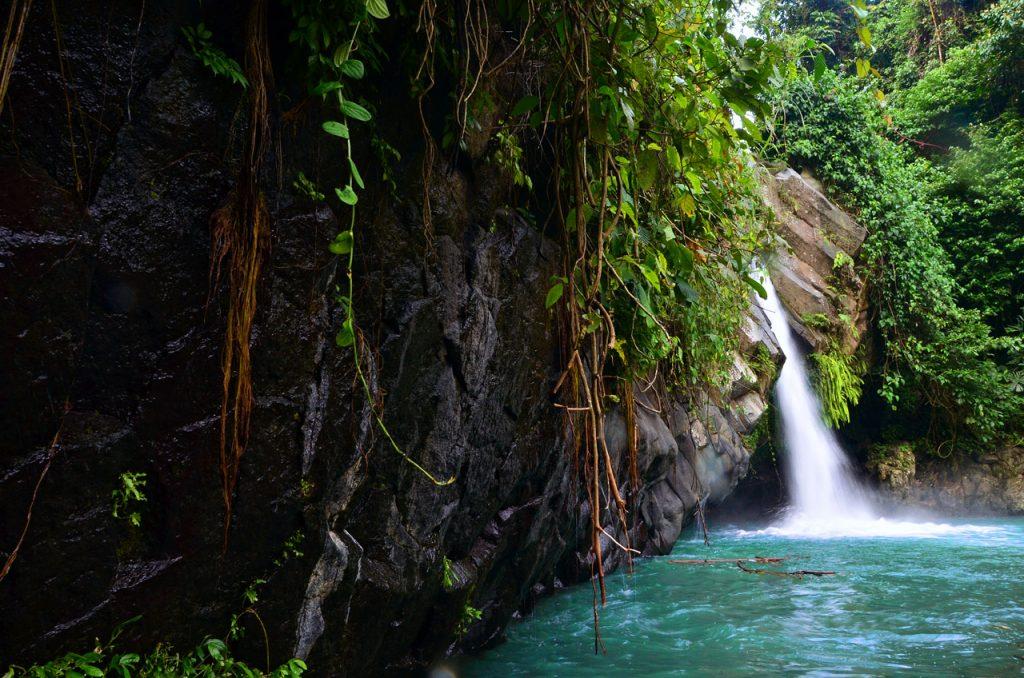 Air Terjun Way Lalaan - Yopie Pangkey - 2