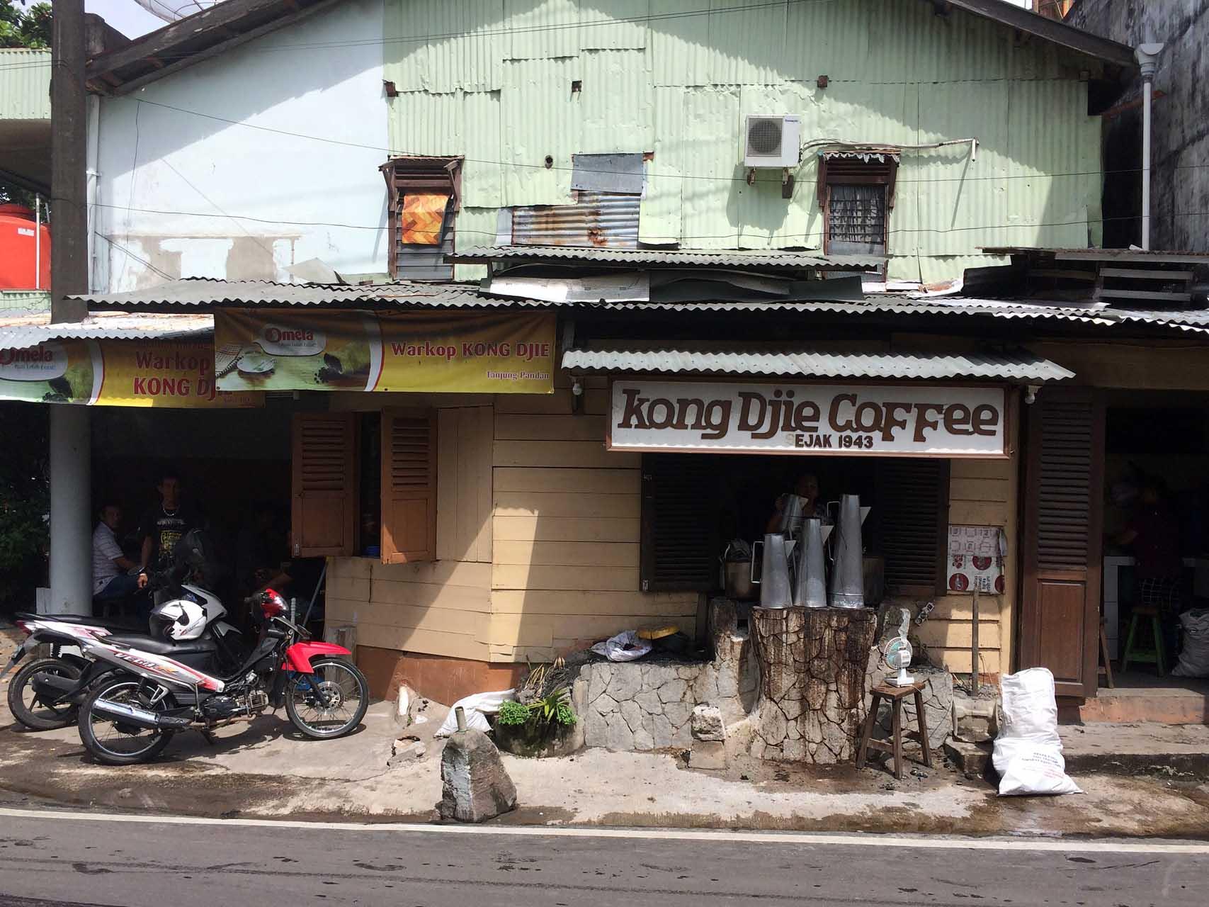 kong-djie-coffee-tanjung-pandan-belitung-yopie-pangkey-5