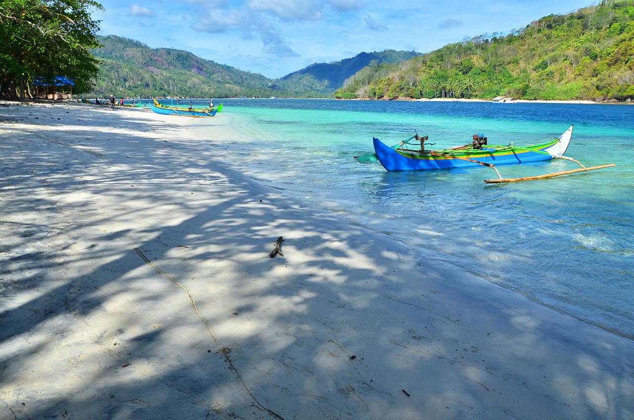 Yopie Pangkey - Pulau Kelapa di Teluk Kiluan - 3