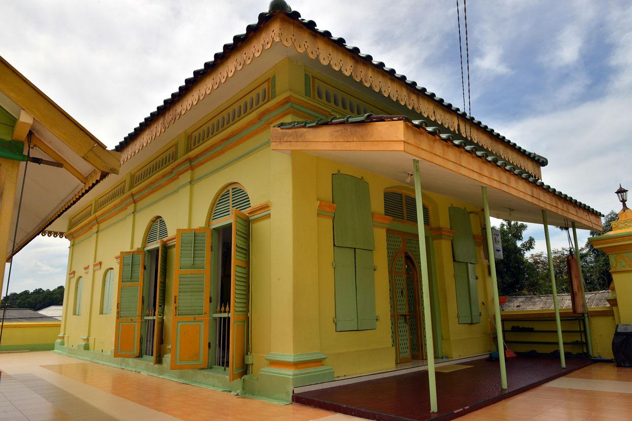 Masjid Raya Sultan Riau - Yopie Pangkey - 7