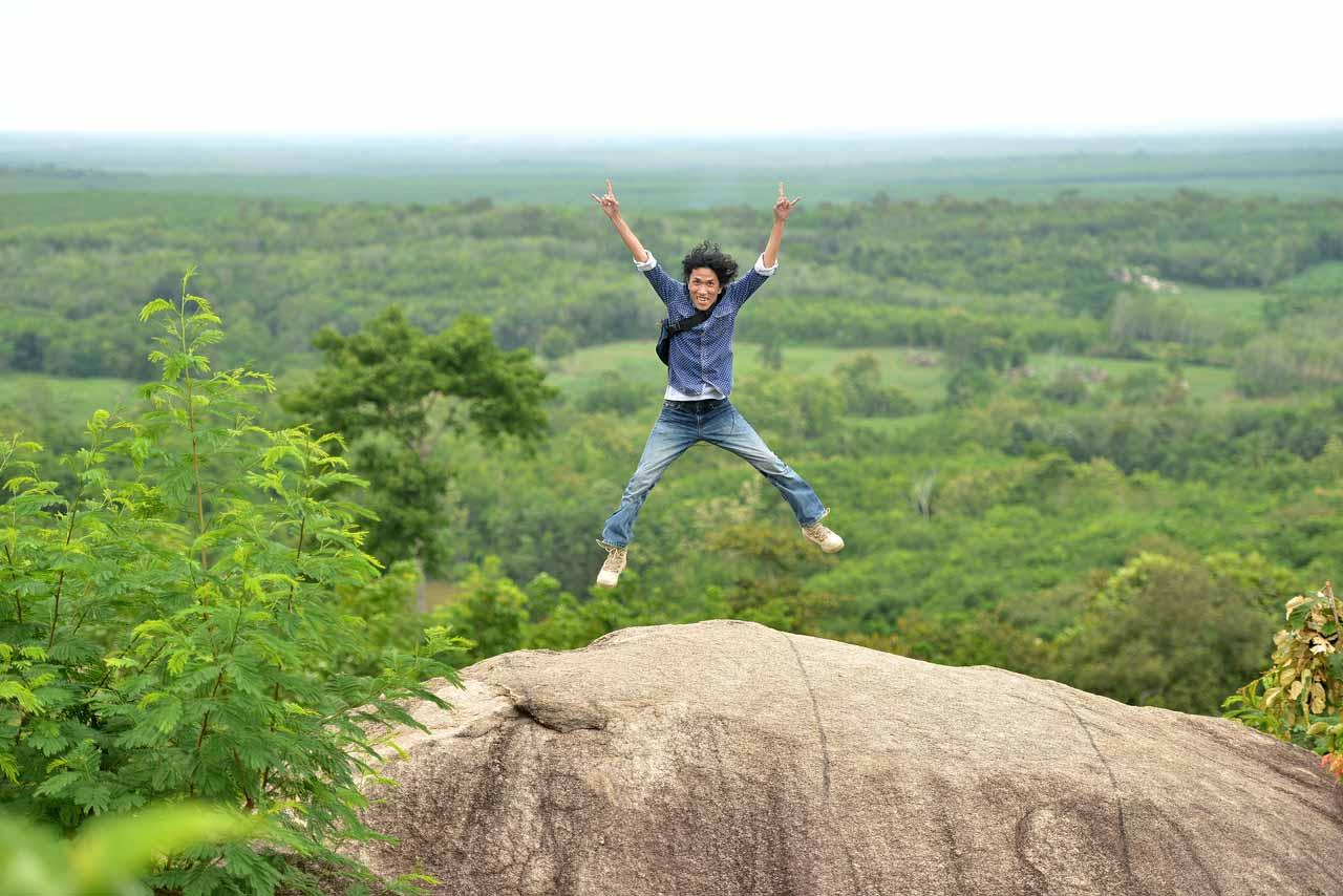 Wisata Gunung Batu Sri Katon - Yopie Pangkey - 5
