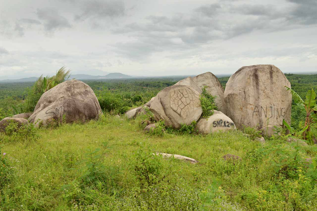 Wisata Gunung Batu Sri Katon - Yopie Pangkey - 7