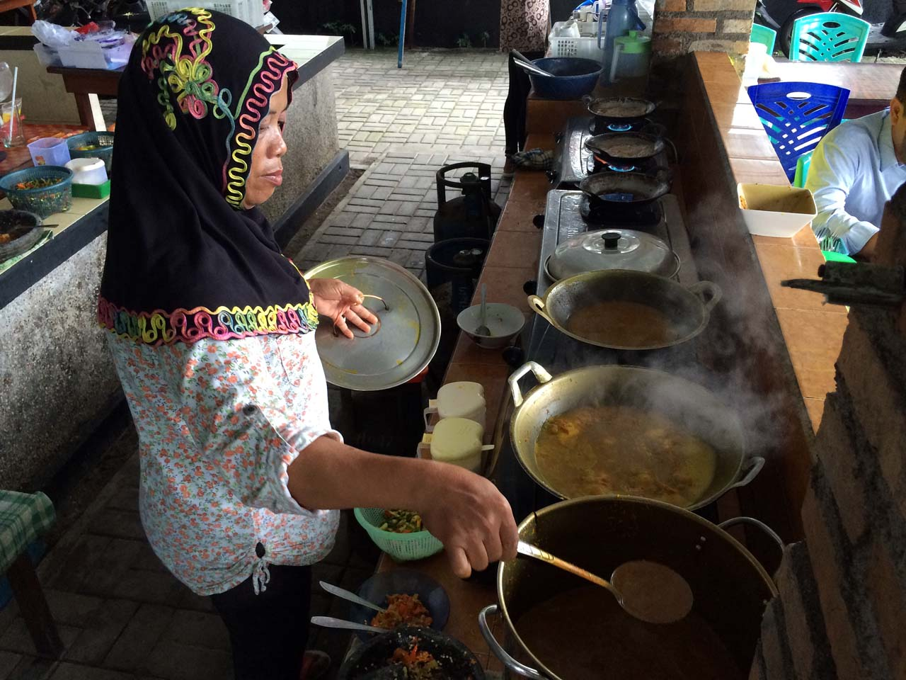 Sop Gangan - RM Sari Gangan - Kuliner Belitung - Yopie Pangkey - 1