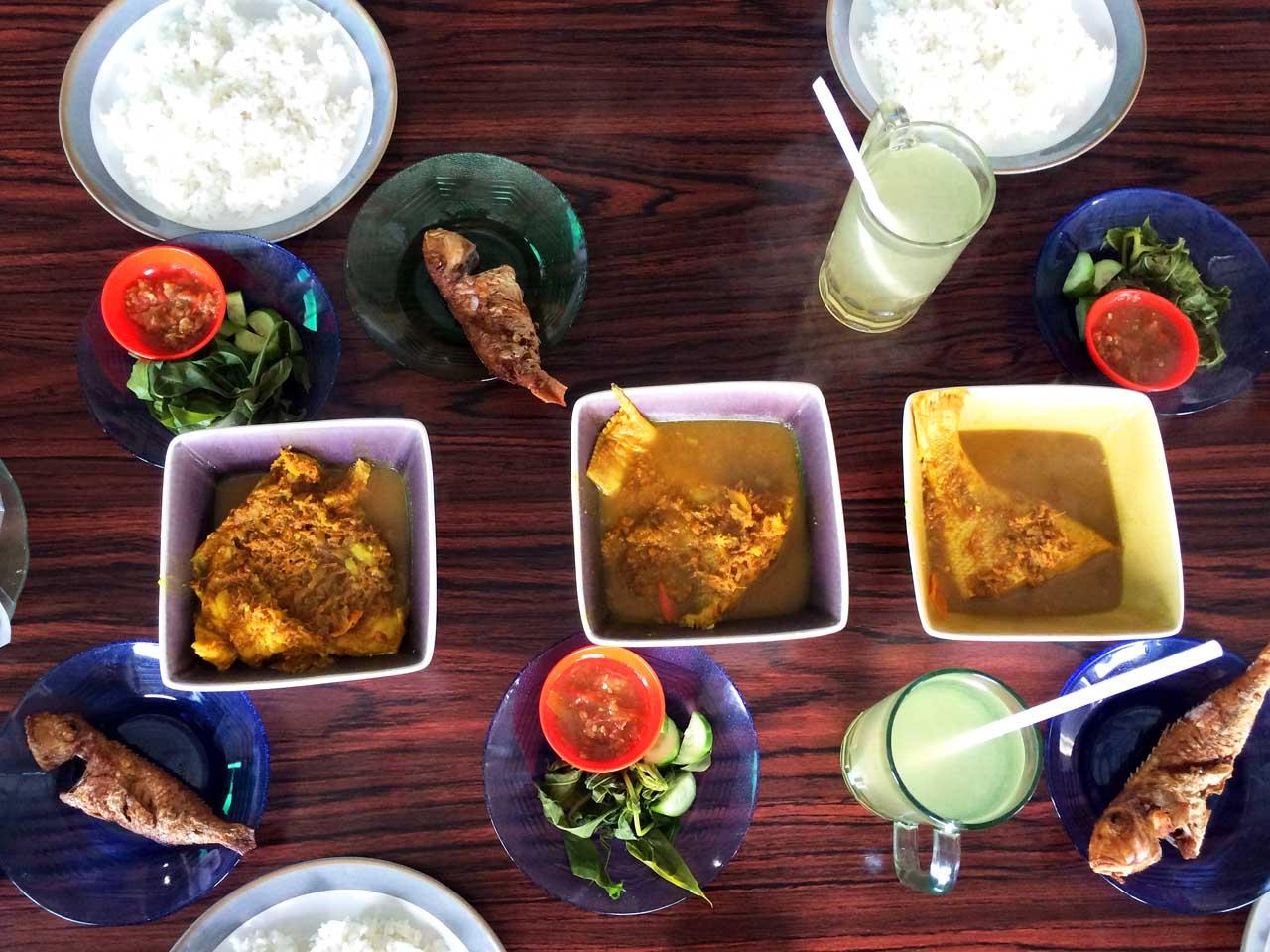 Sop Gangan - RM Sari Gangan - Kuliner Belitung - Yopie Pangkey - 3