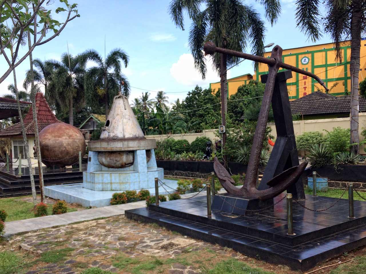 Koleksi Museum Lampung - Yopie Pangkey - 1