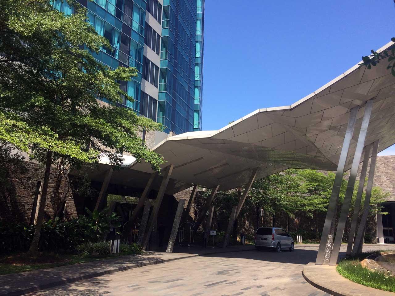 Hotel Novotel Bandar Lampung - Yopie Pangkey - iphone 5s