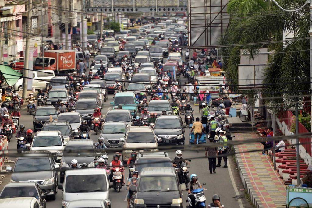 Lalu lintas Bandar Lampung - Yopie Pangkey - Keliling Lampung