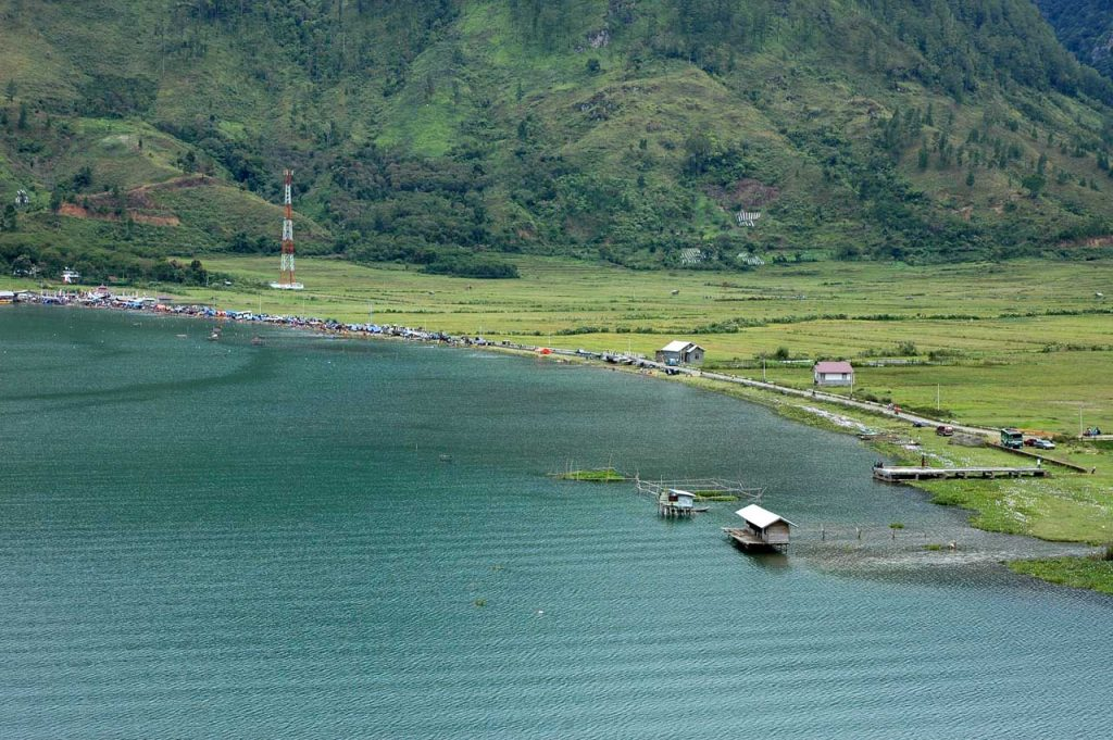 danau lut tawar - tempat wisata di takengon - yopie pangkey - 10