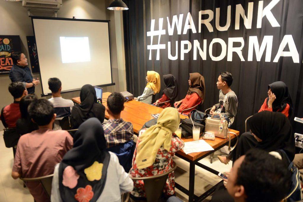 Warunk Upnormal Bandar Lampung - Yopie Pangkey - 4