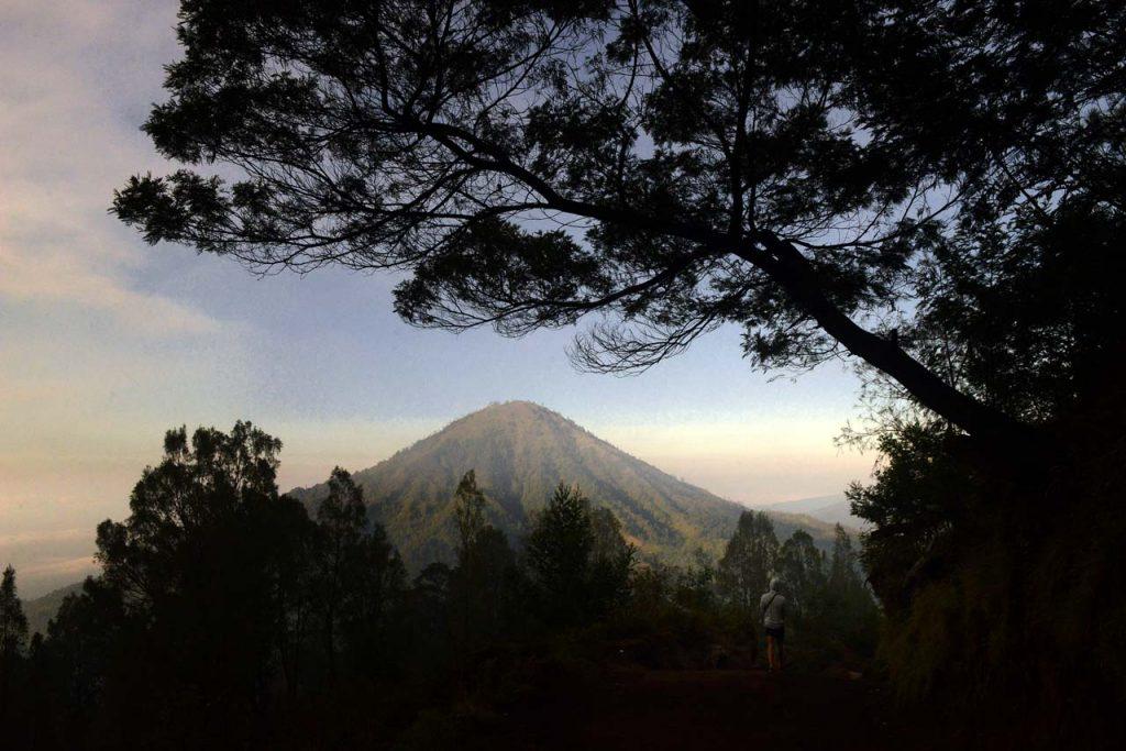 Jalur Pendakian Kawah Ijen - Banyuwangi - Yopie Pangkey - 2