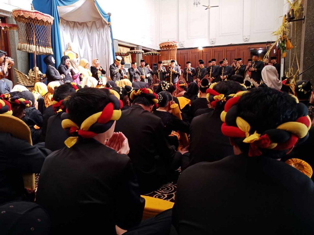 Erau Adat Kutai dan International Folk Art Festival VI - 2018 - yopie pangkey - 10