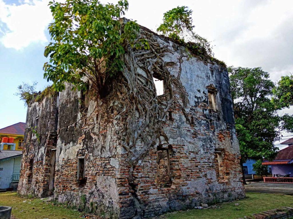 Gedung Tabib - Wisata Pulau Penyengat - Yopie Pangkey - 2