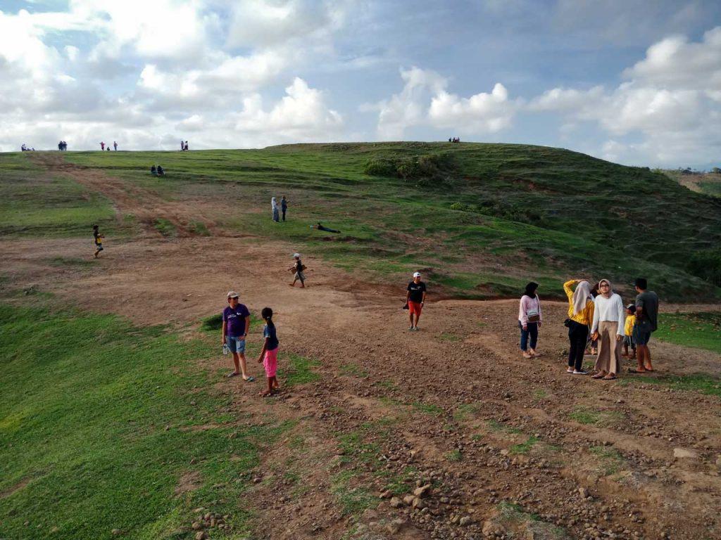 trip ke bukit merese - Yopie Pangkey